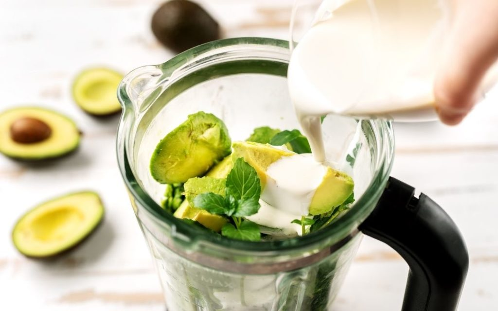 can-i-use-a-blender-as-a-food-processor