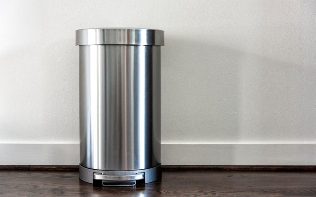 Is Plastic Or Stainless Steel Better For Garbage?